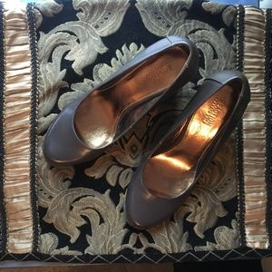 Kenneth Cole REACTION 9M Wedges Great Condition